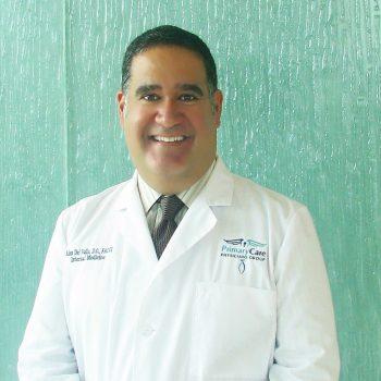 Dr. Alejandro Del Valle
